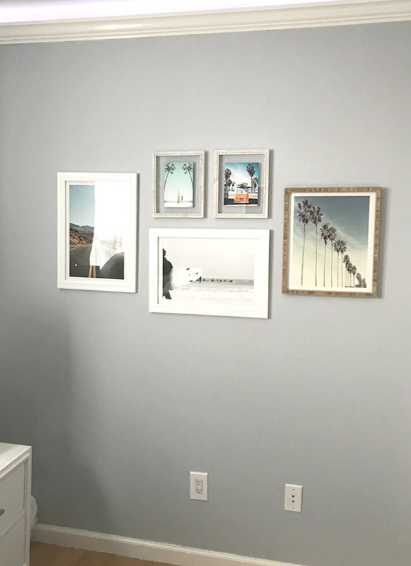 beach-california-gallery-wall-in-bedroom-600x825