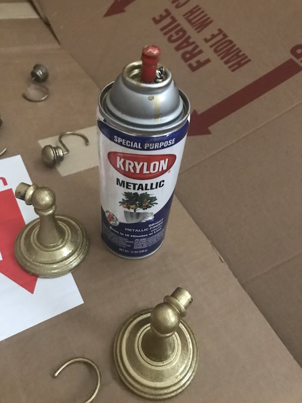 gold-spay-paint