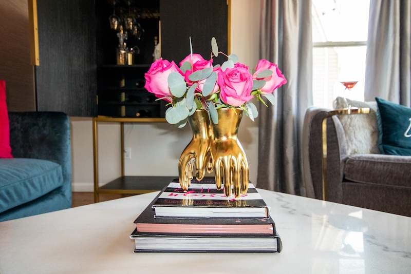 gold-vase-with-fuschia-pink-flowers-2