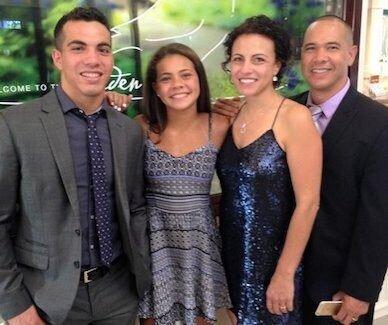 nicole-delacruz-family