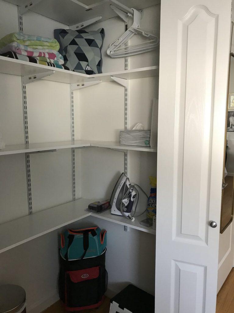 airbnb-closet-2