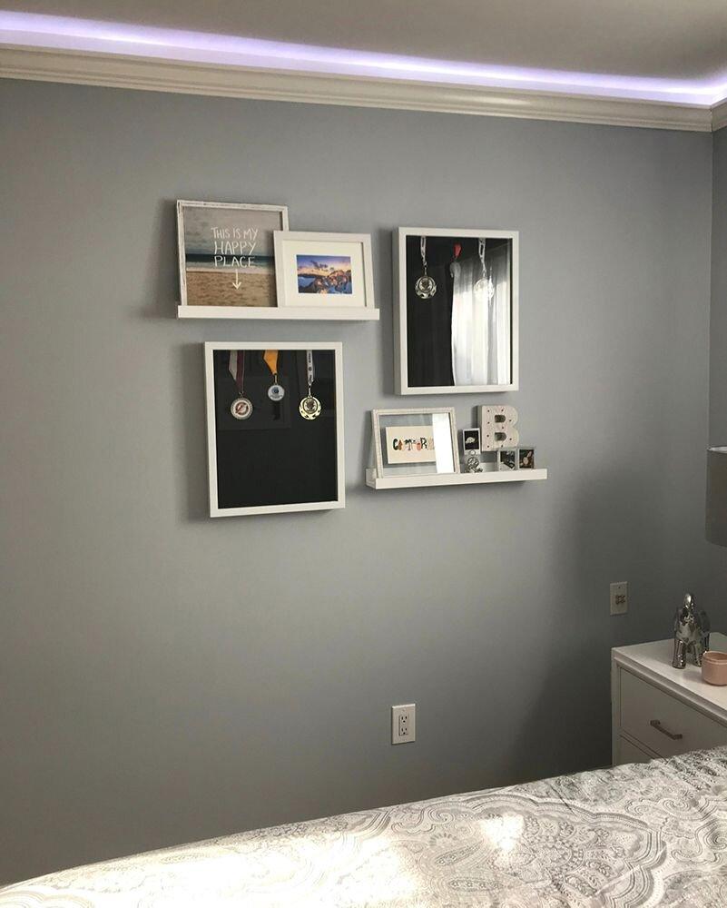 teen-bedroom-gallery-wall-bejamin-moore-metallic-gray-2132-60.jpg